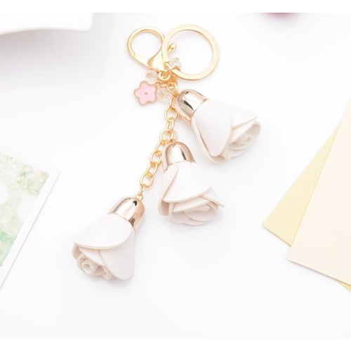 Key Chain/Leather Flowers - White