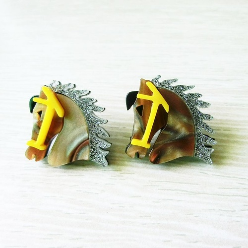 Earring/Acrylic Horses - Latte/silver/Yellow